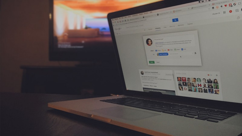 how to send a private message on google+